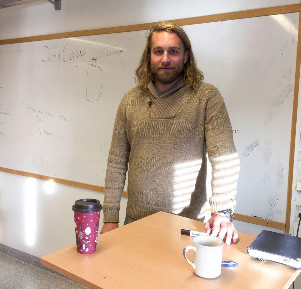Anton Håkanson föreläser på Åva Gymnasium